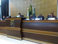 Diversos assuntos de interesse público são discutidos pelos vereadores em sessão ordinária