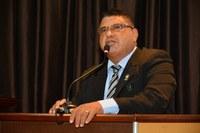 Vereador Carlos Araújo solicita criação de Horto Florestal