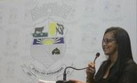 Vereadora Carmen Betti fala sobre legislação da fila de espera em bancos