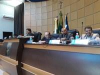 Vereadores aprovam três projetos de lei em sessão extraordinária