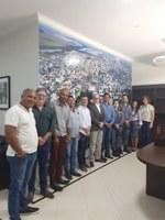 Vereadores se reuniram com representantes de segurança pública do município.